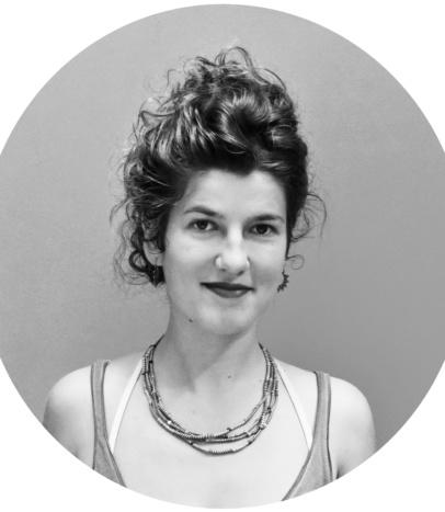 Suzanne, professeur yoga